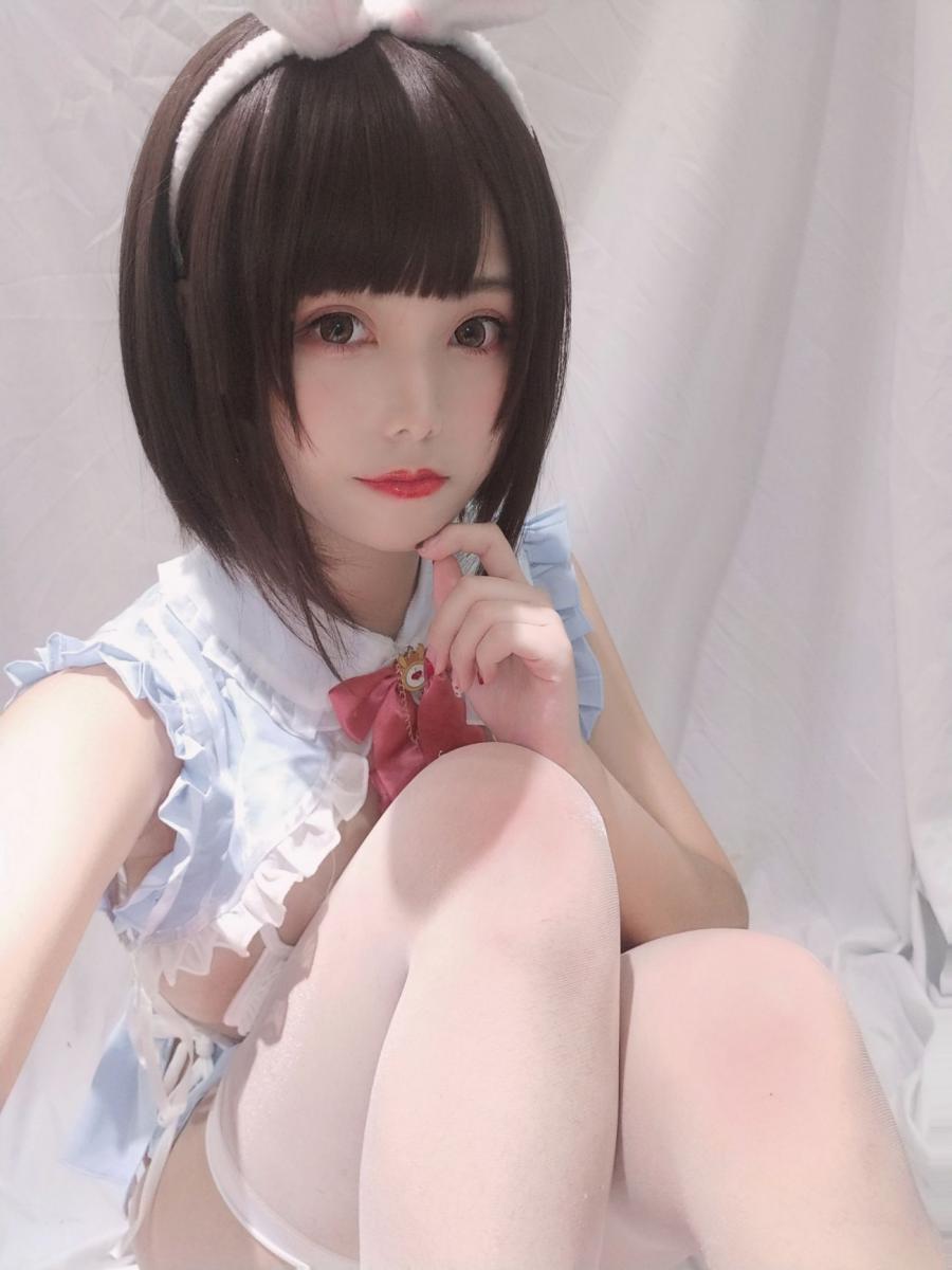 [蜜汁貓裘] Selfie of White Rabbit - (30P)