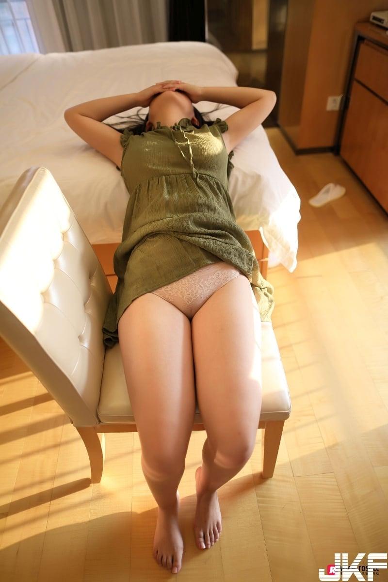 NO.2235 (ROSI寫真, ROSI写真) 后大胸学生妹粉嫩美女私拍图片