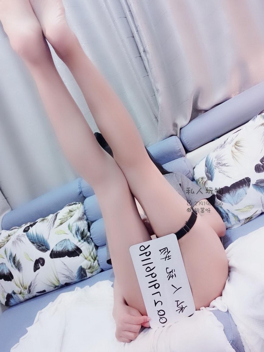 私人玩物 - Sexy asian girl big tits shaved pussy