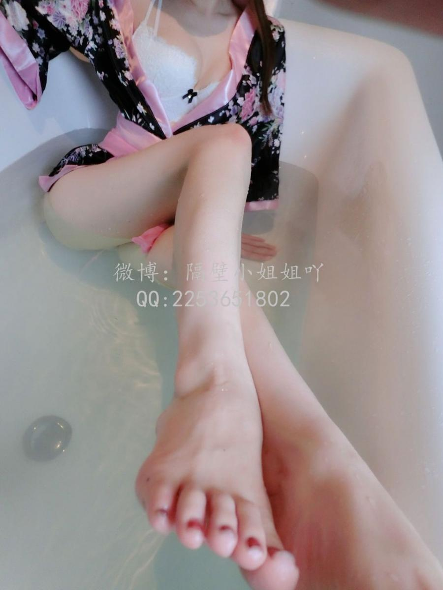 隔壁小姐姐 和服少婦 - Sexy girl in bathroom - (34P)