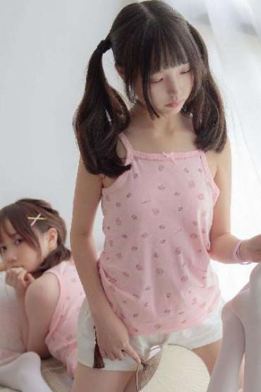 Twin loli girl on white silk - (P)